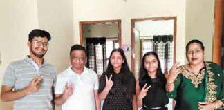 Twin sisters success in NEET exam