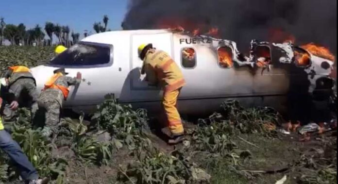 Plane Crashes in Mexico